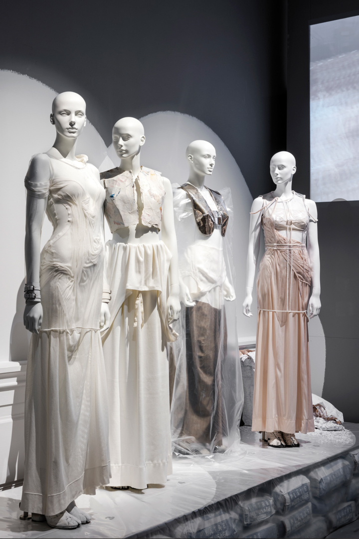 Margiela / Galliera, 1989–2009, installation views at Palais Galliera, Paris