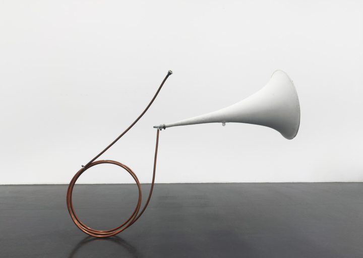 Tony Conrad, Fair Ground Electric Horn, 2003
